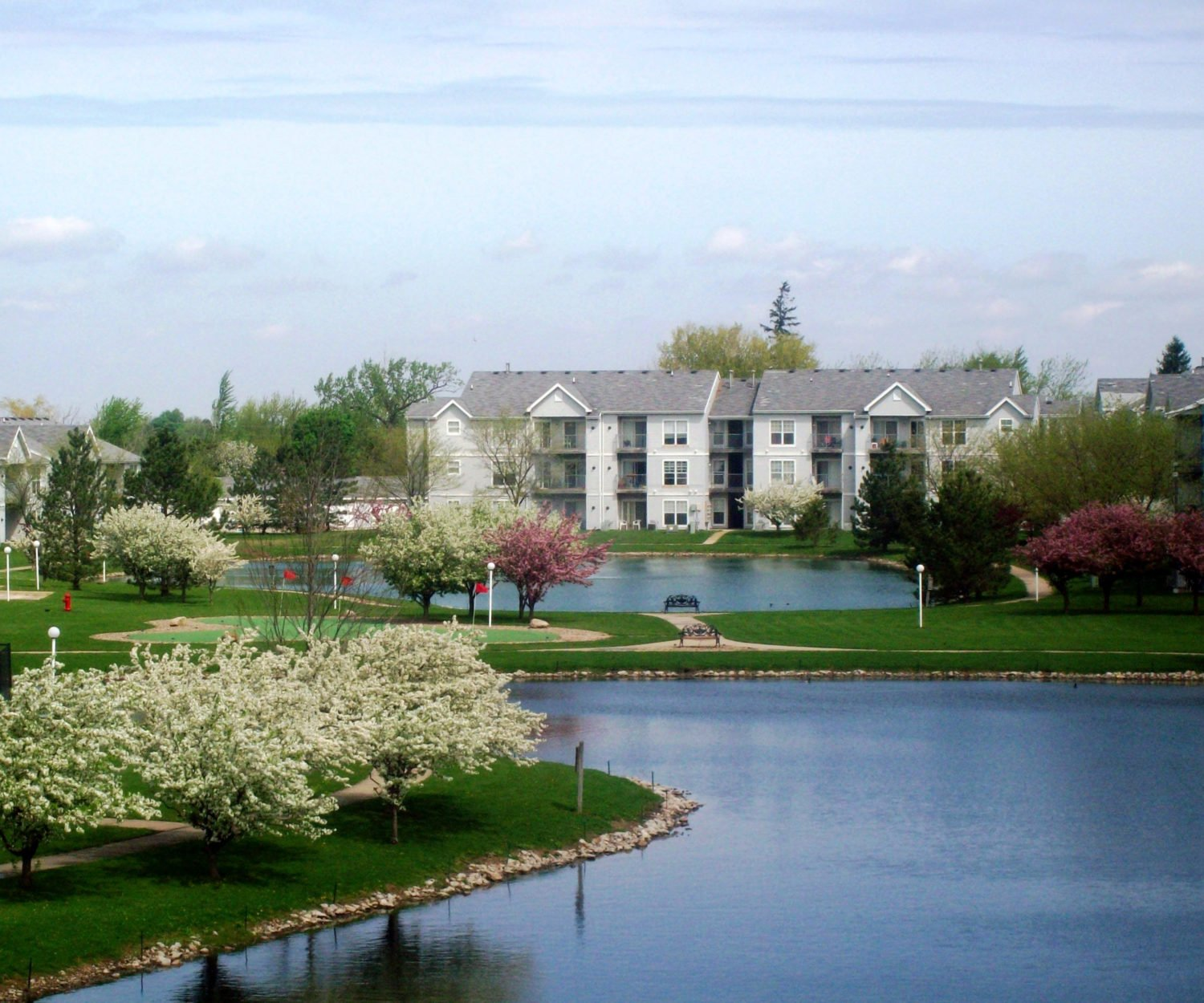 Residents Ironwood Gardens Apartments In Normal Il